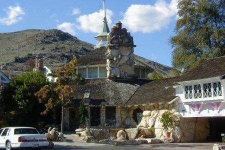 7 интересных фактов об отеле «Madonna Inn», Калифорния