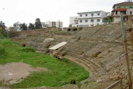 Античный амфитеатр в Дурресе