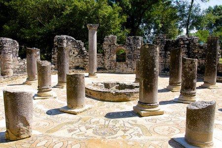 Древние руины Бутринти