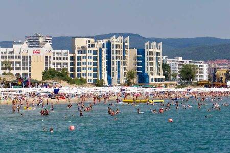 В Болгарию увеличивается поток туристов
