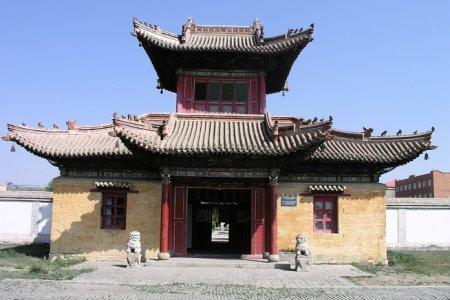 Чойджин Ламын Сум - храмовый комплекс