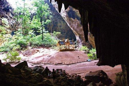 Пещера Wat Cha Am
