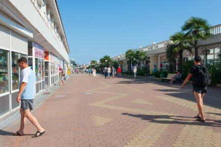 На Центральной набережной Сочи больше не будет павильонов и магазинов